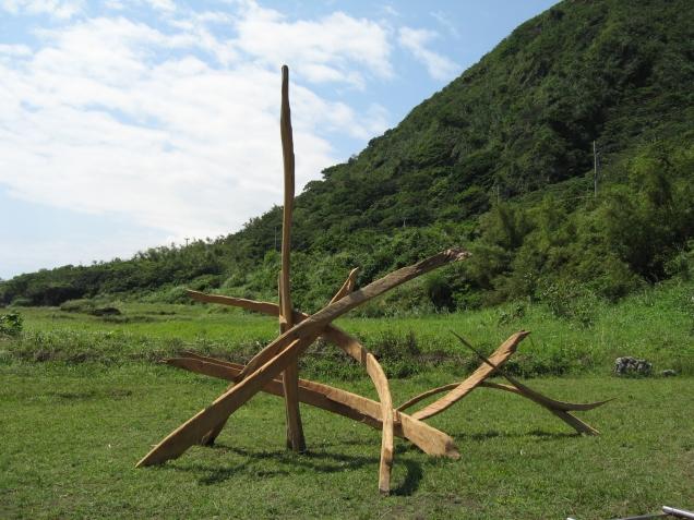 2005站立之舞_300x280x250cm